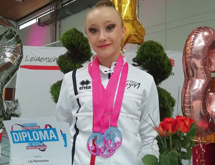 GR- Lily médaillée au Tournoi d'Allemagne